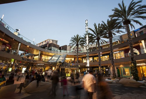 Like any shopping center, this outdoor mall in Santa Monica, California offers a selection of stores to cater to varying consumer preferences.