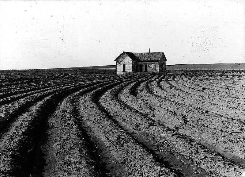 A tenantless farm in the Texas panhandle, 1938